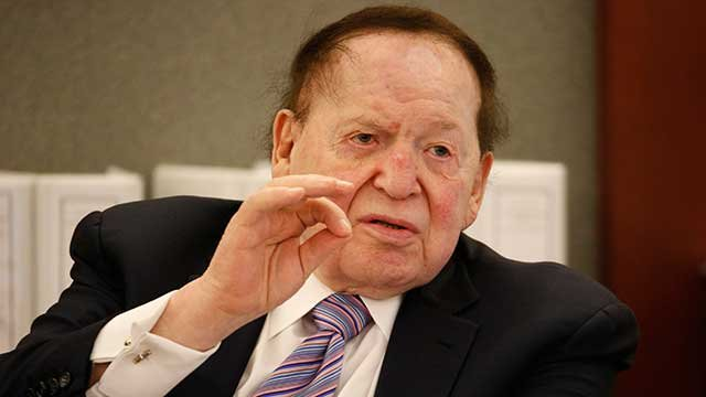 Las Vegas Sands Corp. Chairman and CEO Sheldon Adelson testifies in court Monday, May 4, 2015, in Las Vegas. (AP Photo/John Locher)