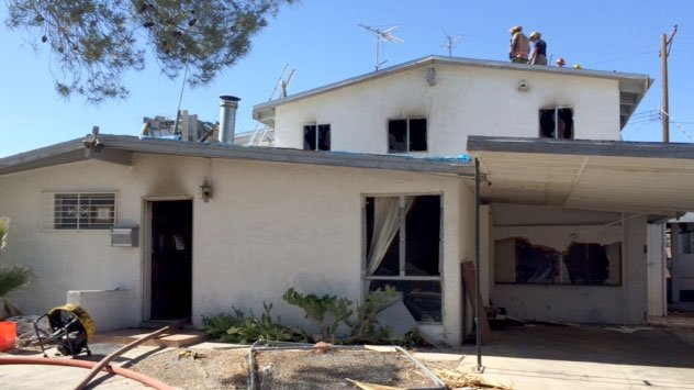 Las vegas home damaged by fire fox5 vegas kvvu for Las vegas home source