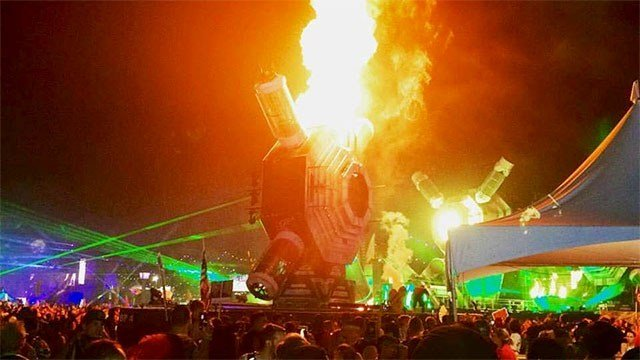 1 Injured When Prop On EDC Stage Catches Fire FOX