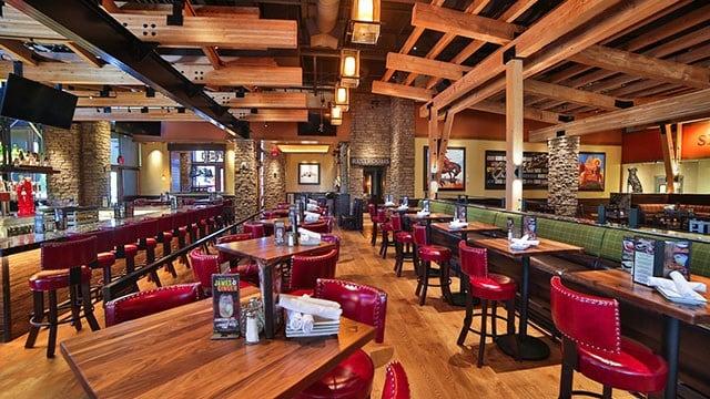 Interior image of Lazy Dog Restaurant & Bar. (Courtesy: Lazy Dog Restaurant)