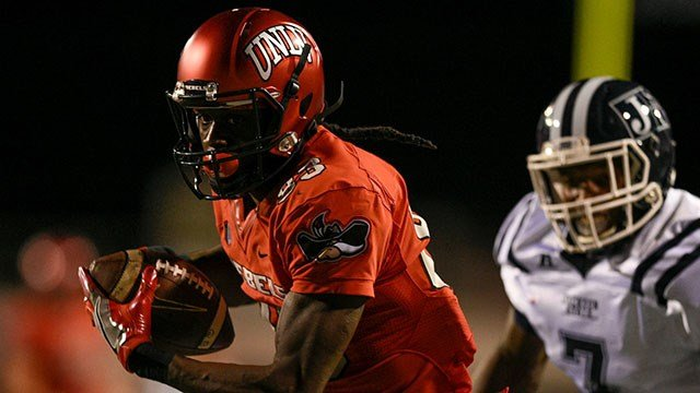 UNLV WR Devonte Boyd scored two touchdowns in the first 1:56 as UNLV blew out Jackson State 63-13. (Source: Campus Insiders)