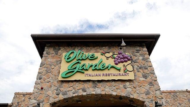 Olive Garden Bringing Back Unlimited Pasta Pass Kfda