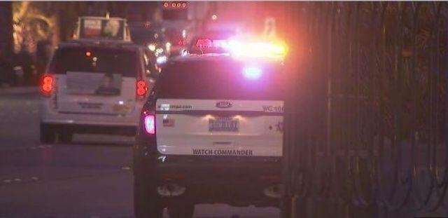 Metro police at the scene of a shooting on a Las Vegas Boulevard pedestrian bridge on Nov. 7, 2016. (Armando Navarro/FOX5)