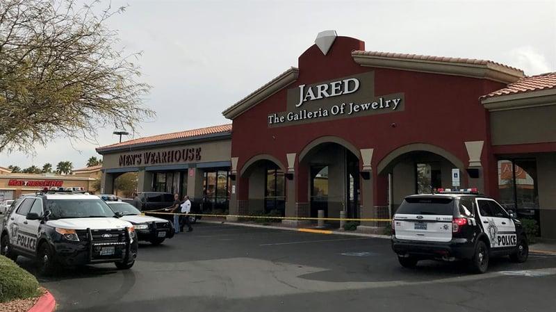 Metro pair in custody for jewelry store robbery fox5 for Jewelry jobs las vegas