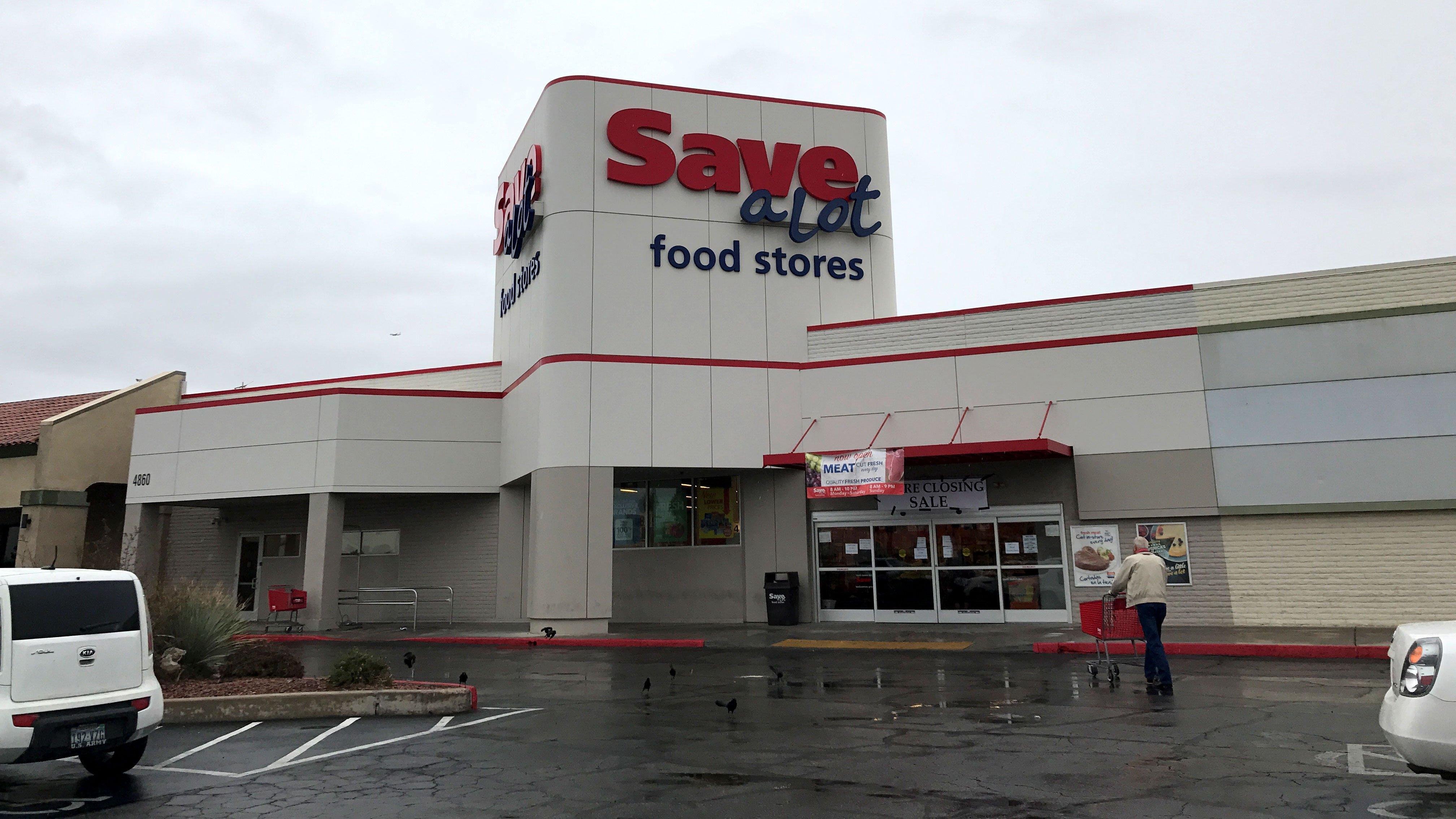 A shopper walks into a Save-A-Lot store on Jan. 20, 2017. (Gai Phanalasy/FOX5)