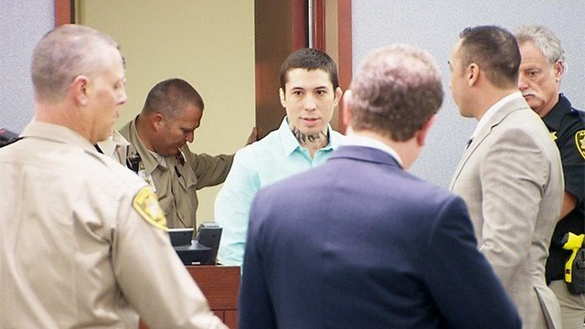 Jonathan Koppenhaver, better known as War Machine, enters a courtroom on Feb. 27, 2017 for the start of his trial. (Armando Navarro/FOX5)