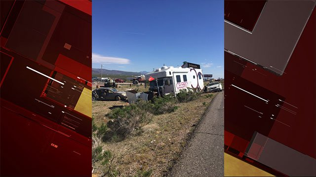 Arizona crash that left 2 dead and 3 injured on US 93 near milepost 27. (SOURCE: Arizona Department of Public Safety)