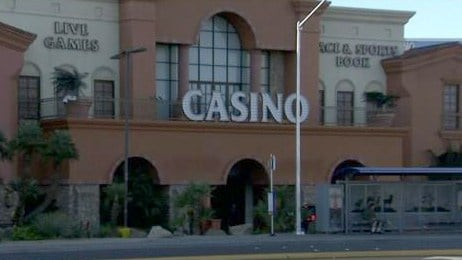 Las Vegas Metro police investigated an attempted robbery at the Silver Sevens hotel-casino on March 22, 2017. (FOX5)