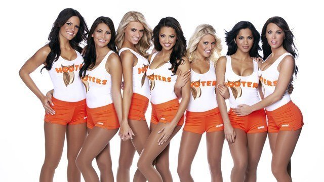 The famed Hooters girls. (Source: Hooters)