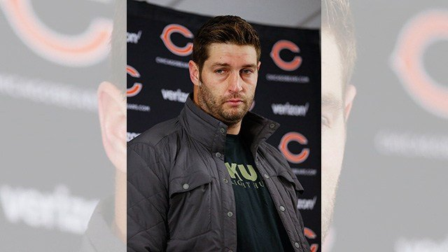 Chicago Bears quarterback Jay Cutler speaks to the media after an NFL football game against the Minnesota Vikings in Chicago, Monday, Oct. 31, 2016. (AP Photo/Nam Y. Huh)