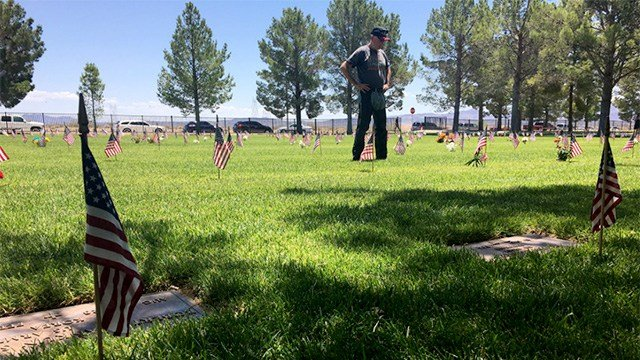 Flags stand all over the plots at Boulder City Veterans Cemetery on Memorial Day, May 29, 2017. (Cherney Amhara/FOX5)
