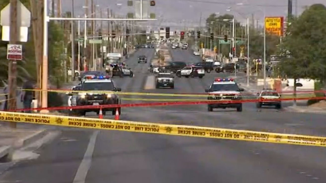 Crime tape blocks a Las Vegas neighborhood after an officer-involved shooting on May 31, 2017. (Gai Phanalasy/FOX5)