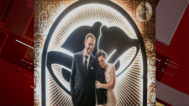Dan Ryckert and Bianca Monda got married at the Taco Bell Cantina on June 25, 2017. (Source: Taco Bell)