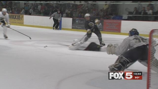 The Golden Knights held its first ever scrimmage Thursday. (Robbie Hunt / FOX5)