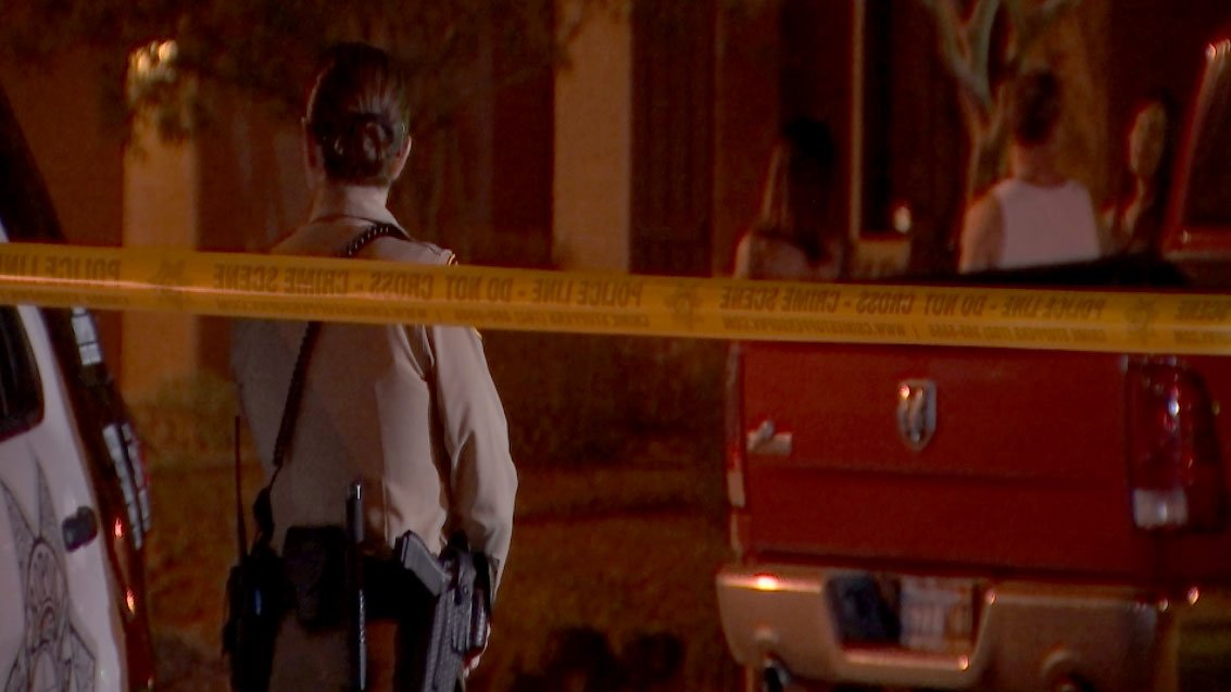 Las Vegas Metro police at the scene of a possible murder-suicide on July 10, 2017. (Gai Phanalasy/FOX5)