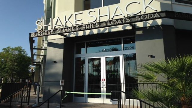 Shake Shack expands to The District at Green Valley Ranch on July 12, 2017. (Armando Navarro/FOX5)