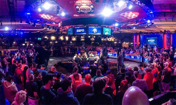 A crowd gathers at the World Series of Poker in Las Vegas (Caesars Entertainment)