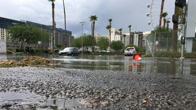Flooding in a wash near The Linq off Las Vegas Blvd. | Photo by: Austin Turner/ FOX5