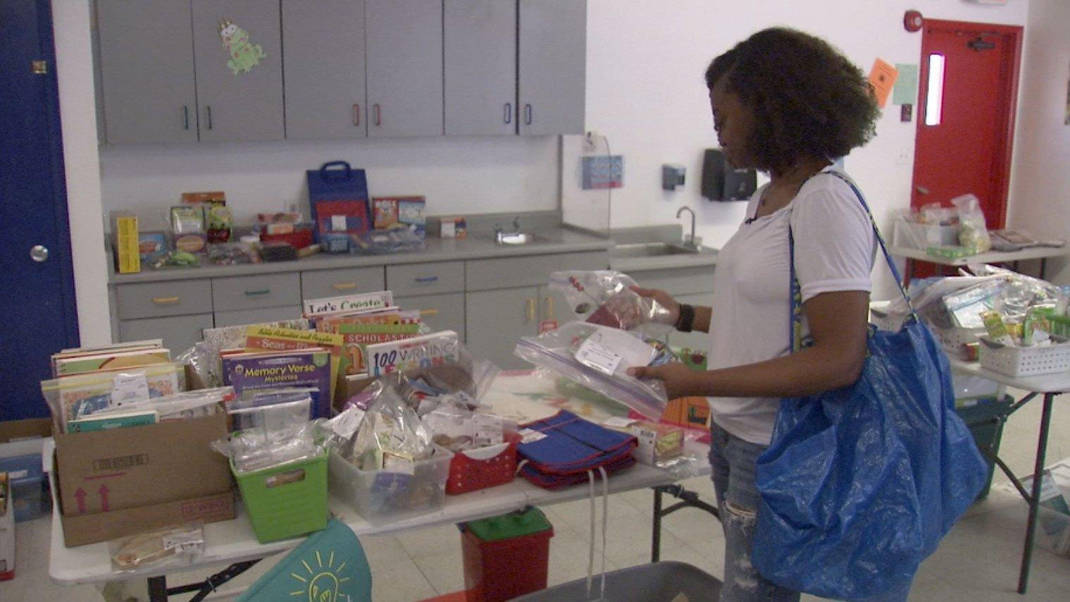 Ebonee Coe shops at Teacher2Teacher.Vegas on Aug. 4, 2017. (Cyndi Lundeberg/FOX5)
