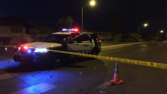 Metro at the scene of a barricade situation in northeast Las Vegas on Aug. 11, 2017 (Luis Marquez/FOX5)