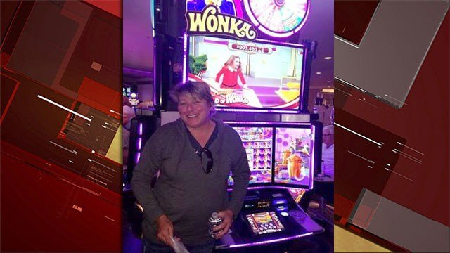 A Texas woman hit a jackpot at Harrah's on Sept. 4, 2017. (Caesars Entertainment)
