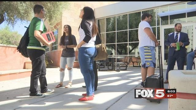 UNLV law students banded together to help valley dreamers.(FOX5)