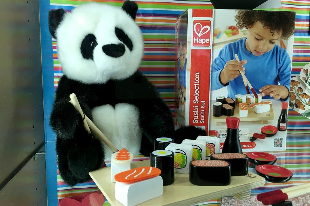 A new exhibit teaches kids about Japanese culture. (Mike Doria/FOX5)