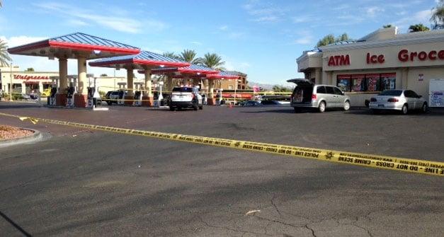 Police investigate a stabbing on Sept. 26, 2017. (Armando Navarro/FOX5)