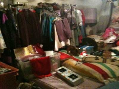 "Exclusive: Inside a ""hoarders"" house"