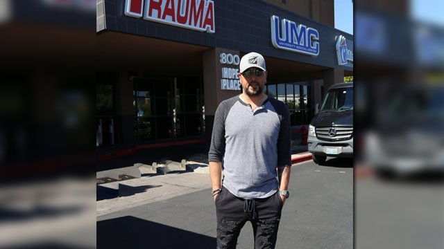 Jason Aldean visited local hospitals on Oct. 8, 2017.