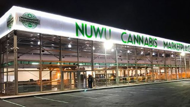 Image showing the outside of the new NuWu Cannabis Marketplace located in downtown Las Vegas. (Courtesy: NuWu)