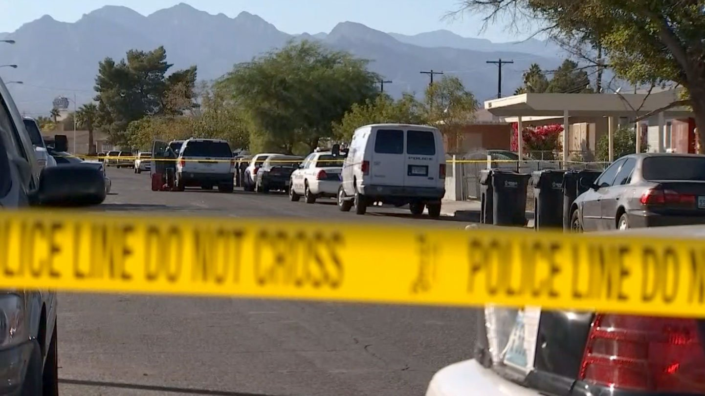 North Las Vegas police are investigating a homicide on Oct. 27, 2017. (Gai Phanalasy/FOX5))