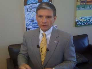 Rep. Joe Heck talks to reporters at a Las Vegas jobs forum. (FOX5)