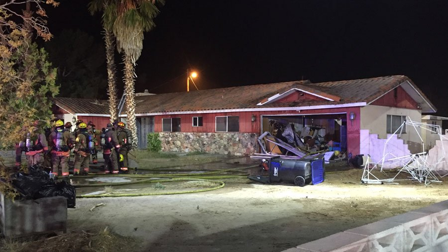 Las Vegas Fire and Rescue are investigating the cause of a house fire on Nov. 9, 2017. (Luis Marquez/FOX5)