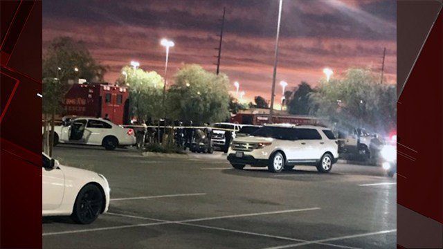 Metro Police investigate a suspicious package near Blue Diamond Crossing shopping center in Las Vegas. Nov. 21, 2017 (Photo: Vince Shawl/Facebook)