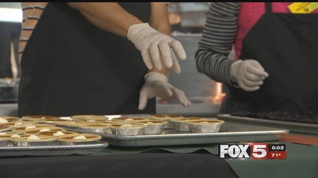 The Catholic Charities of Southern Nevada kept busy Thanksgiving serving more than 1,000 hot meals to the less fortunate. (FOX5)