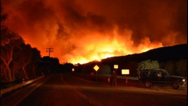 A fire rages in Ventura County. (Ventura County Fire Department)