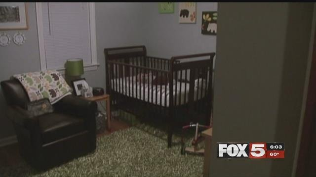 On Monday evening in the northwest part of the valley, Metro Police saida baby died after sleeping with his father. (FOX5)