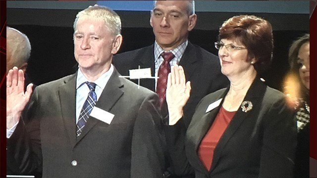 Las Vegas Metro Chamber of Commerce swears in new board of trustees, including FOX5 General Manager Todd Brown, on Dec. 13, 2017. (FOX5)