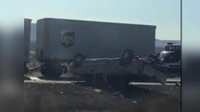Nevada Highway Patrol is investigating a deadly crash on Dec. 19, 2017. (Ivy Elkington/Report It)