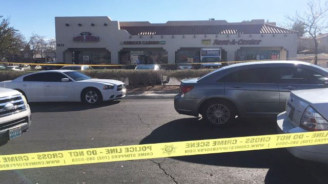 Metro at the scene of a deadly shooting on North Jones in Las Vegas on Jan. 11, 2018. (Ray Arzate/FOX5)