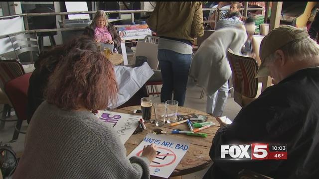 Women's March supporters prepare for the Las Vegas event (FOX5).