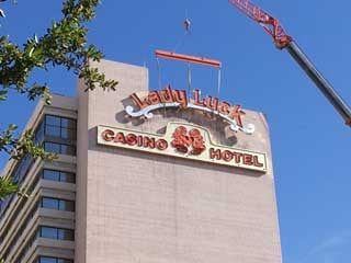 Lady luck casino hotel las vegas grand casino winners hinckley