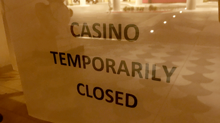 A closed sign is shown at the Lucky Dragon hotel-casino on Feb. 6, 2018. (Peter Dawson/FOX5)