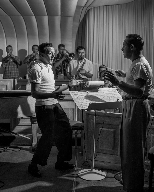 American singer and entertainer Vic Damone, left, rehearses at the Flamingo in Las Vegas on January 1, 1950. (Las Vegas News Bureau)