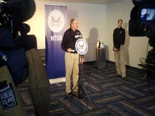 The National Transportation Safety Board briefs the media on the crash investigation. (Les Krifaton/FOX5)