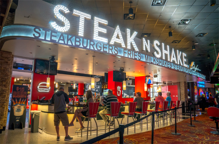 Aug 30,  · Steak 'n Shake entered West Virginia for the first time by opening a franchised location in Barboursville in August [22] Steak 'n Shake opened their first location in Nevada inside the South Point Casino in Las Vegas, Nevada in July [23] and a second Nevada location .