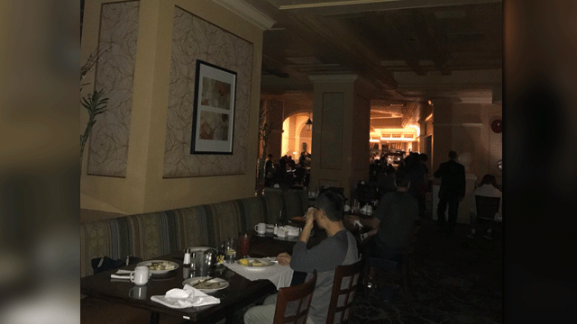 A patron snapped an image of the outage at the Bellagio buffet on March 29, 2018. (SuisunDan/Twitter)