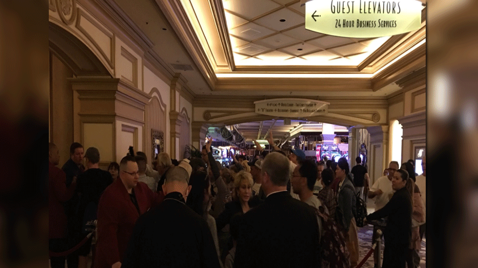 Eric Dolezar captured the outage at the Bellagio on March 29, 2018. (Eric Dolezar/Twitter)