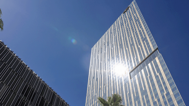 MGM Resorts announced it entered an agreement to sell the Mandarin Oriental. (Gai Phanalasy/FOX5)